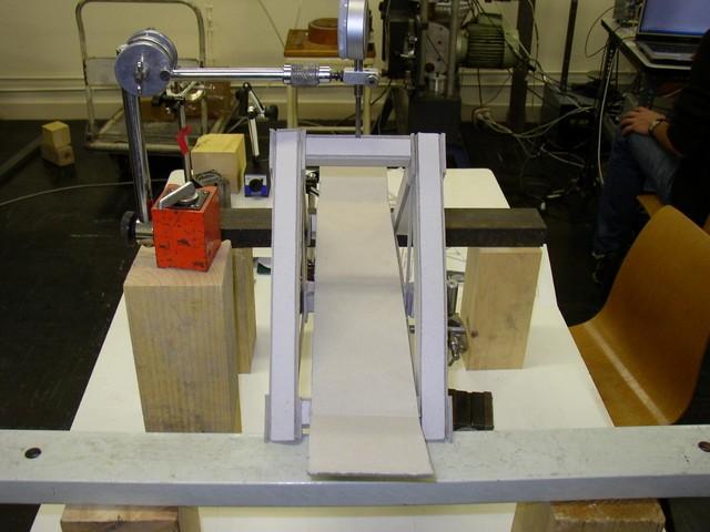 Vue sur le tablier du pont (supporte 35 kg)